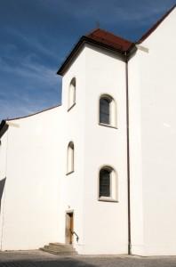 Horma zuria (White wall)