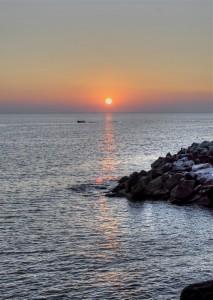 Azken eguzki errainuak (The last sun ray)