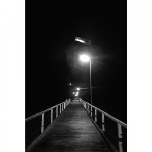 Kaia gauean (Jetty in the night)