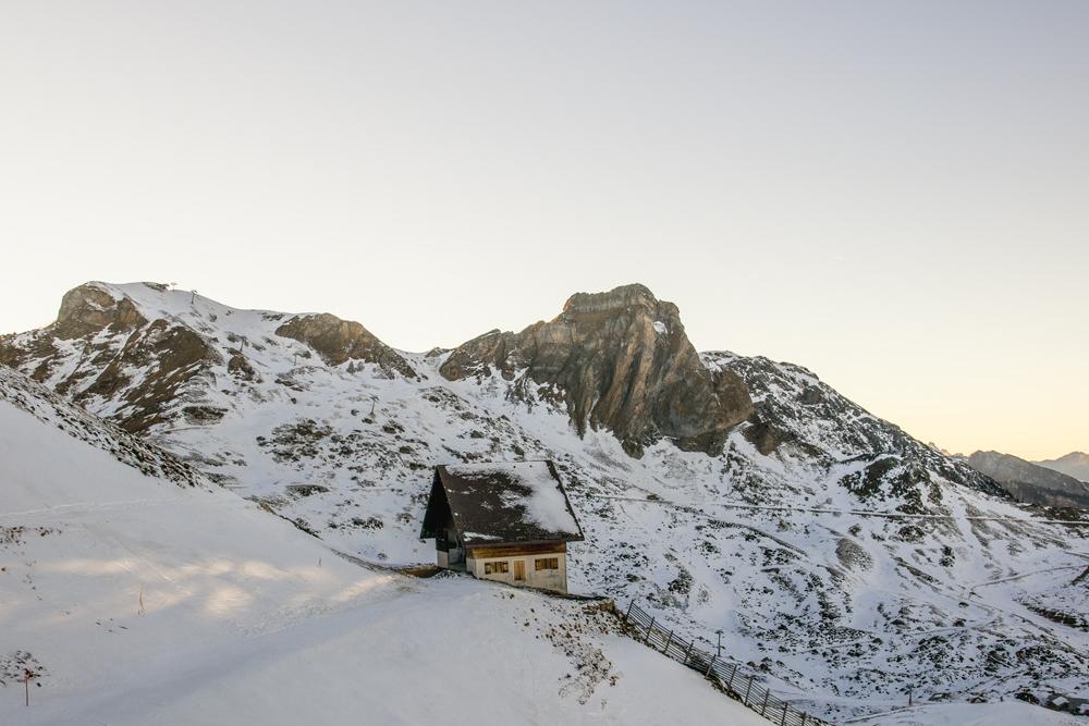 Mendi aterpea (Mountain shelter)