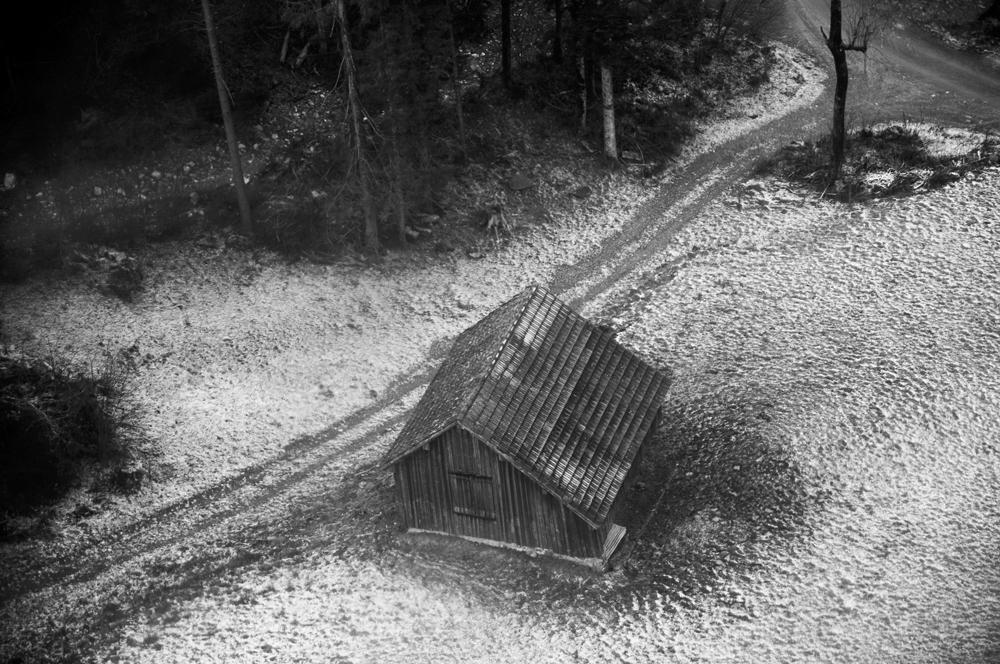 Baso barneko etxola (The hut in the forest)